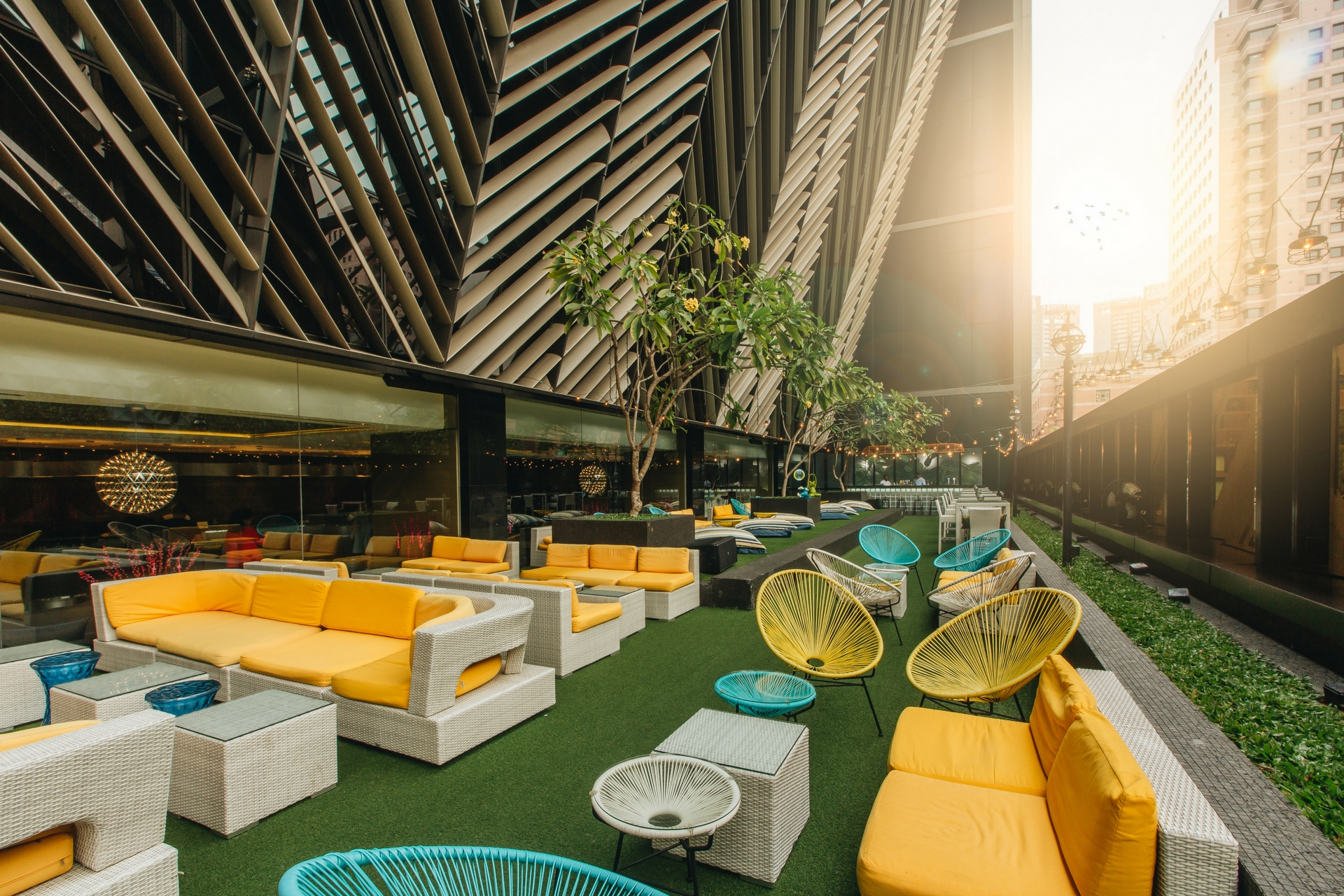 Bars on orchard road bar canary grand park orchard for Hotel design canaries