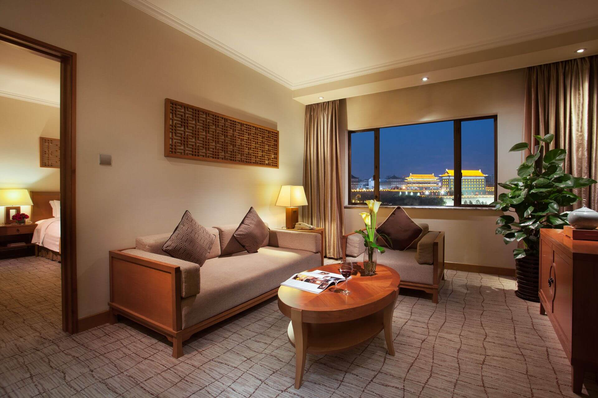 Deluxe Suites at Grand Park Xian